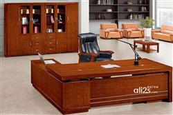 南昌旧货回收,高价回收新旧家具,办公家具,成色较好二手家具回收